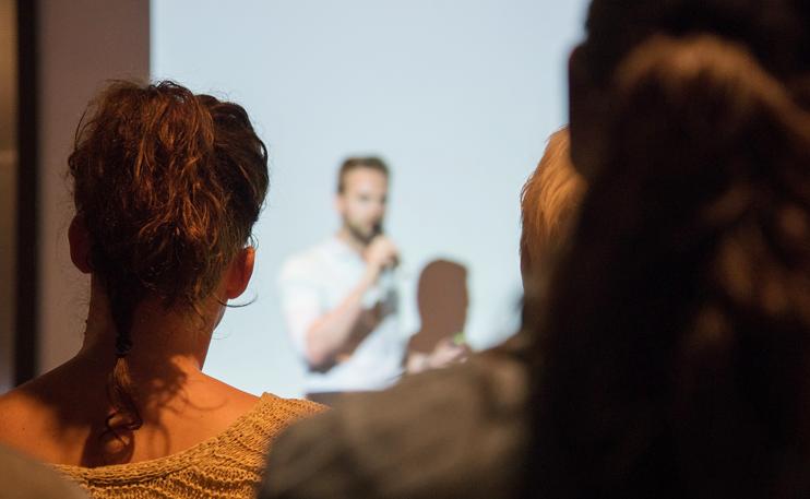 Passenden Keynote-Speaker für Konferenz finden