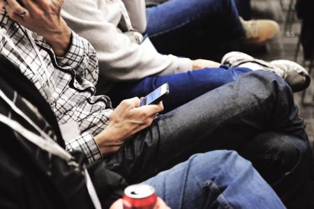 Smartphone-Verbot bei Konferenzen